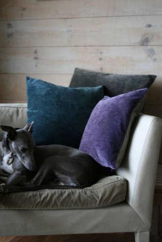 Accessories HighLow Purple Velvet Pillows portrait 3