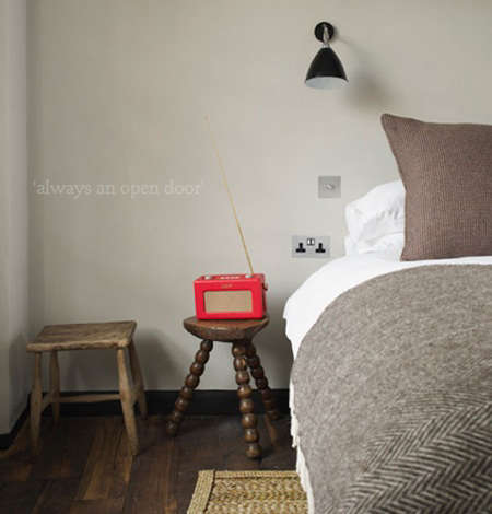 Hotels amp Lodging Olde Bell Inn in England portrait 8