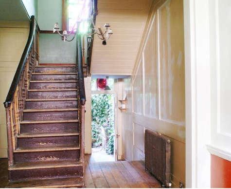 House Call Marianna Kennedy in London portrait 3