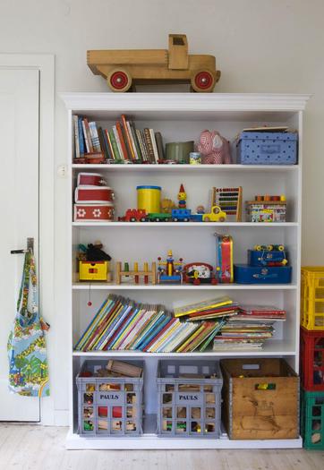 simple childrens room 3