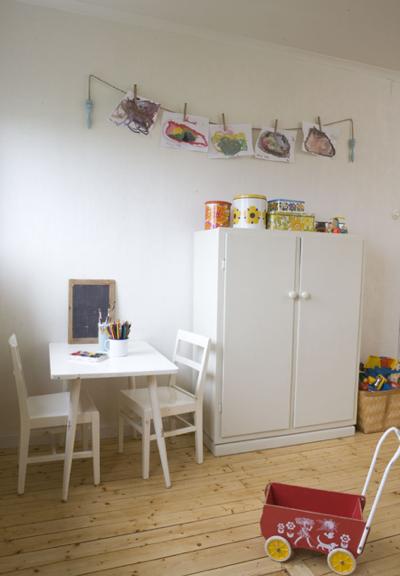 simple childrens room 4
