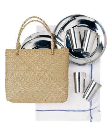 toast picnic set with bag