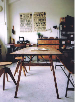 truck table and stools