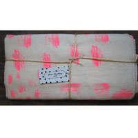 twlntc lrg pink brush zoom 1