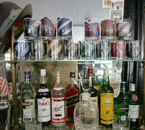 The liquor store 4