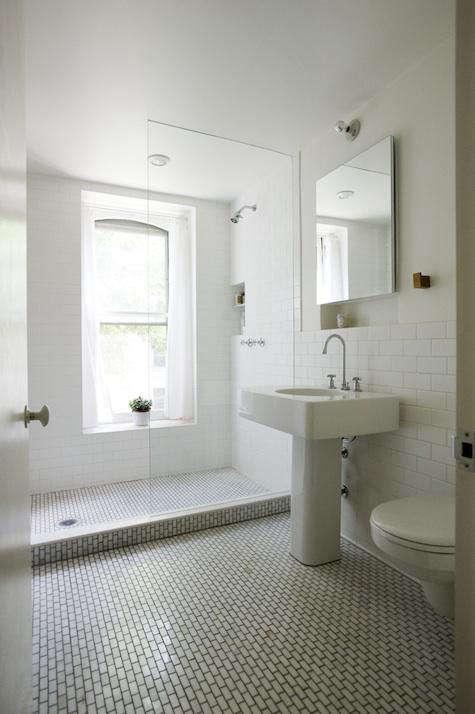 elizabeth roberts tiled bath