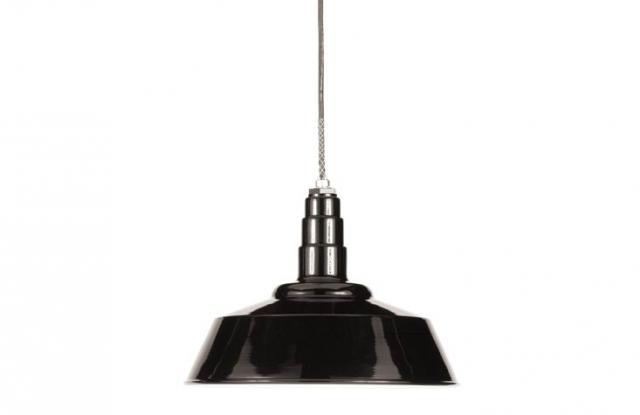 640 black barn light