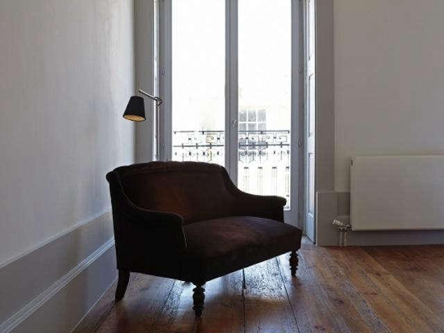 640 favorita brown chair