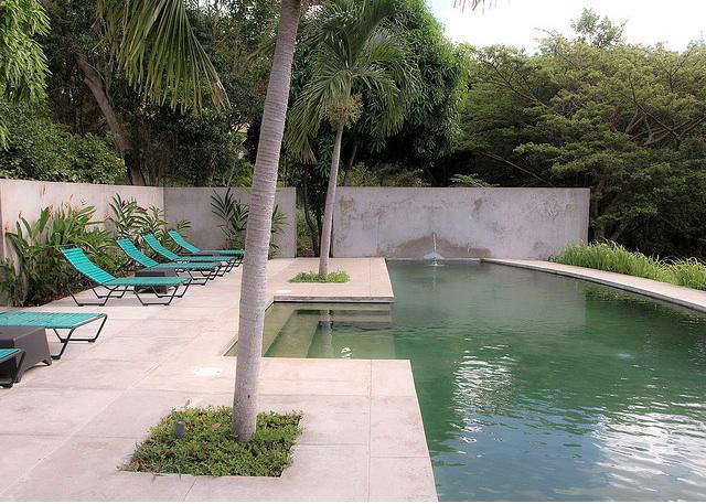 640 hix house pool 10