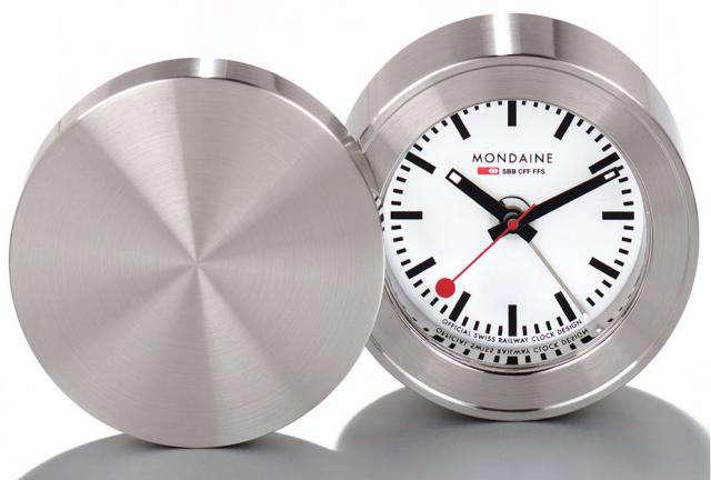 640 mondaine railway travel clock