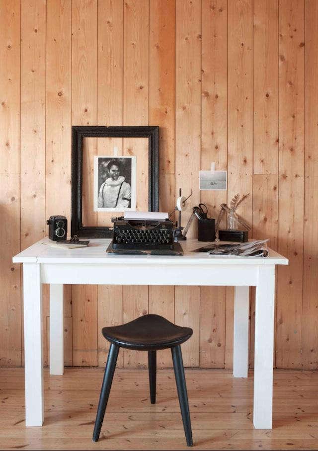 640 trine thorsen desk