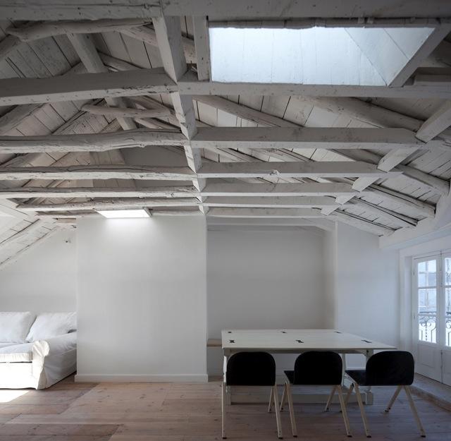 640 wooden beams white