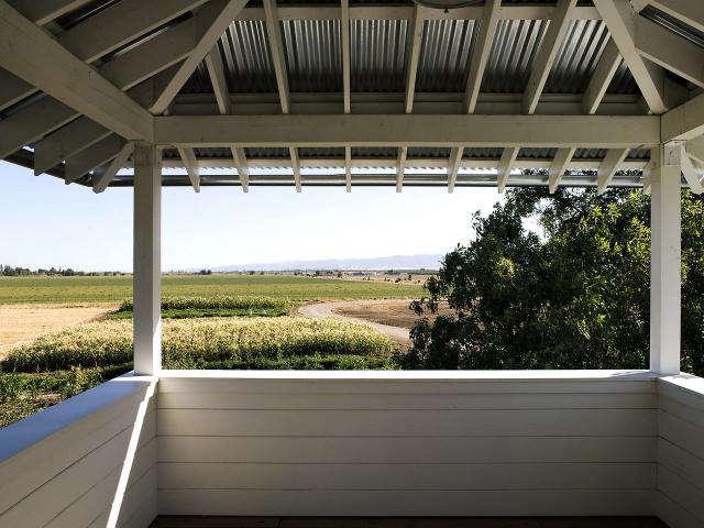 640 yolo cabin deck outlook jpeg