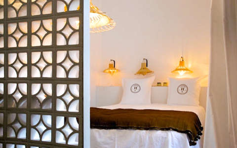 Hotels  Lodging Casa Honor in Marseilles portrait 9