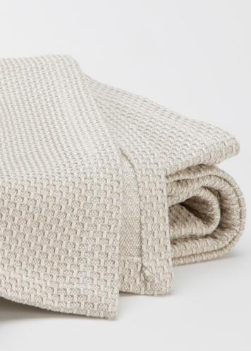Fabrics  Linens Anichini Portuguese Blankets portrait 4