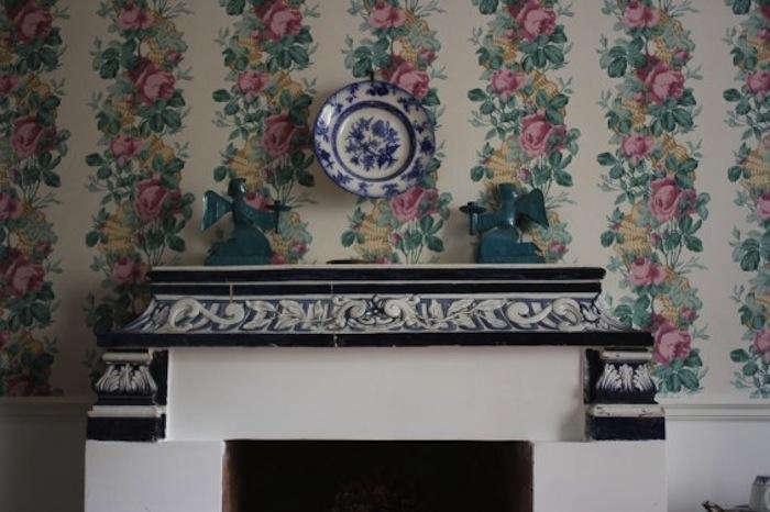 700 arco dei tolomei fireplace mantle