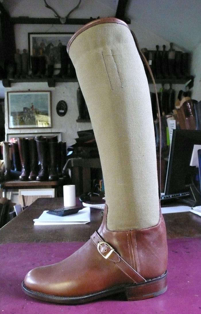700 canvas topped boot horace