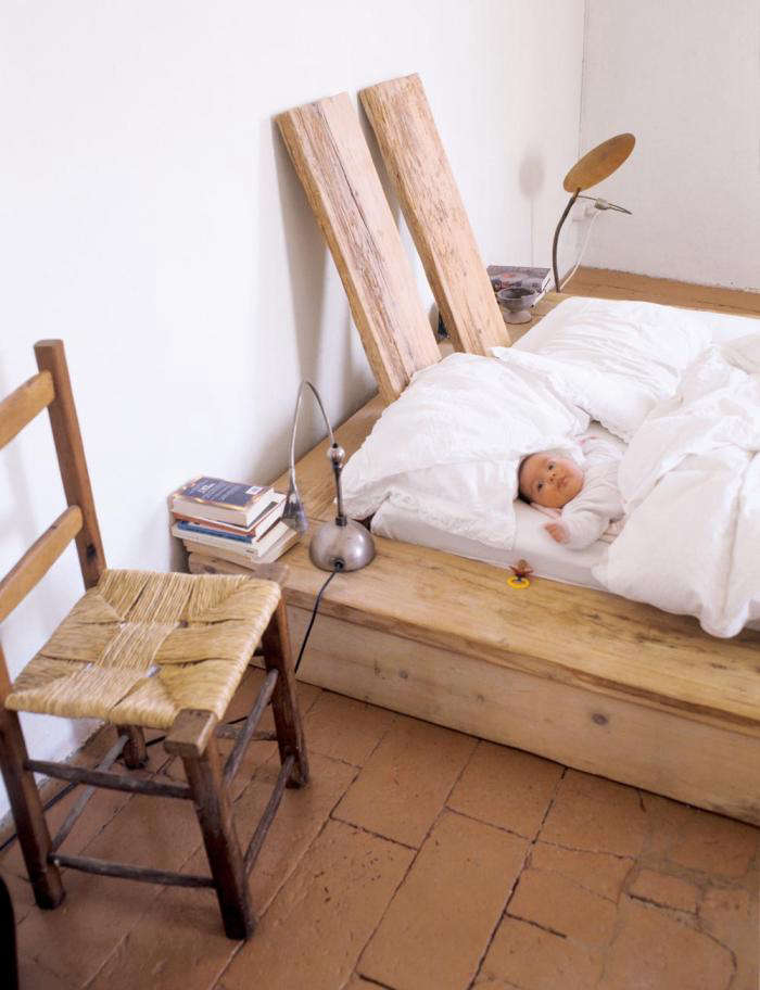 700 katrin arens bed with baby