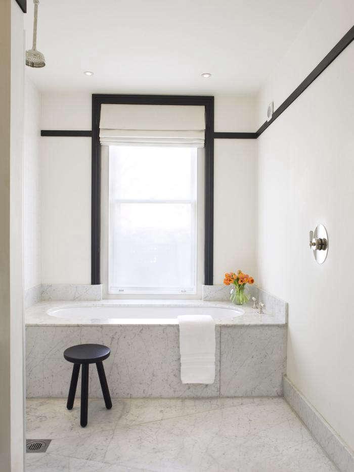 700 mellersh bath black trim 10