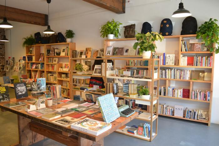 An SF Book Shop Inspired by Esprit portrait 6