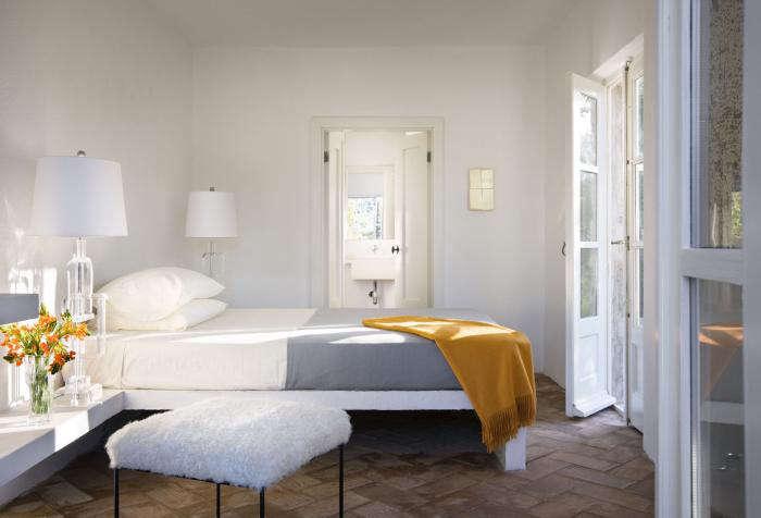 Remodelista ArchitectDesigner Directory Bedroom Roundup portrait 4