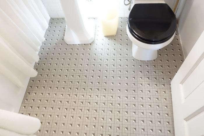 700 susanna howe bathroom