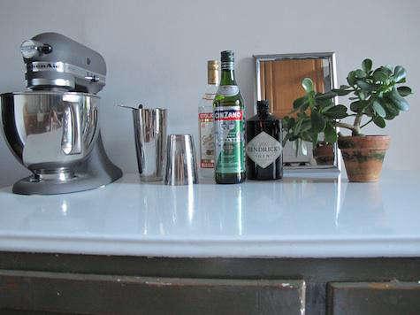 myles henry liquor bar