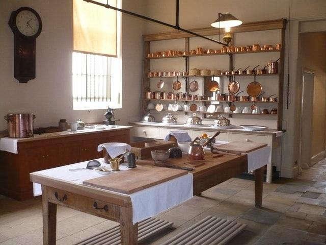 640 audley kitchen 1