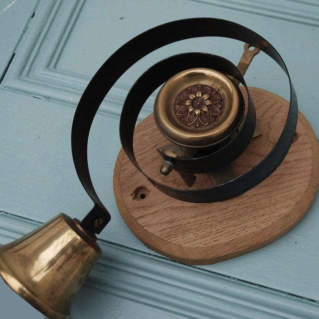 640 brass butler bell willow 1