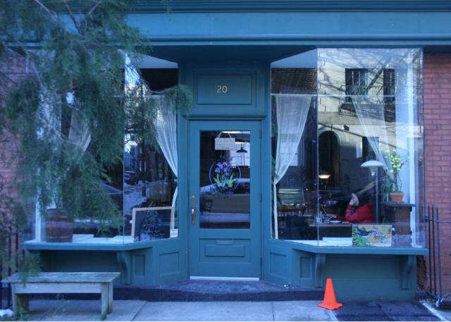 640 iris cafe exterior 10