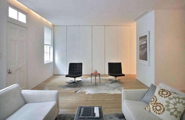 640 rm black chairs sofa