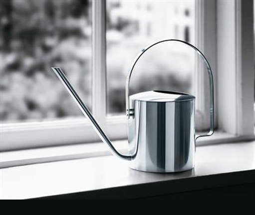 peter holmblad watering can