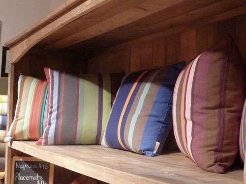 pillows toiles