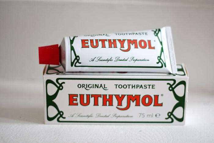 10 Toothpastes for the Style Obsessed portrait 7