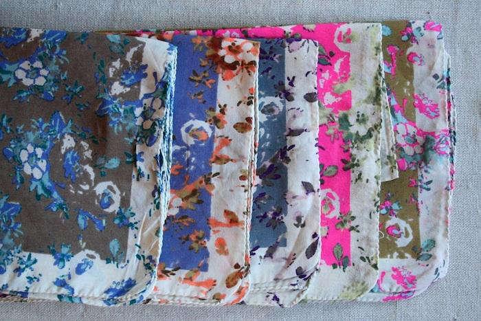 700 bon boutique floral scarf