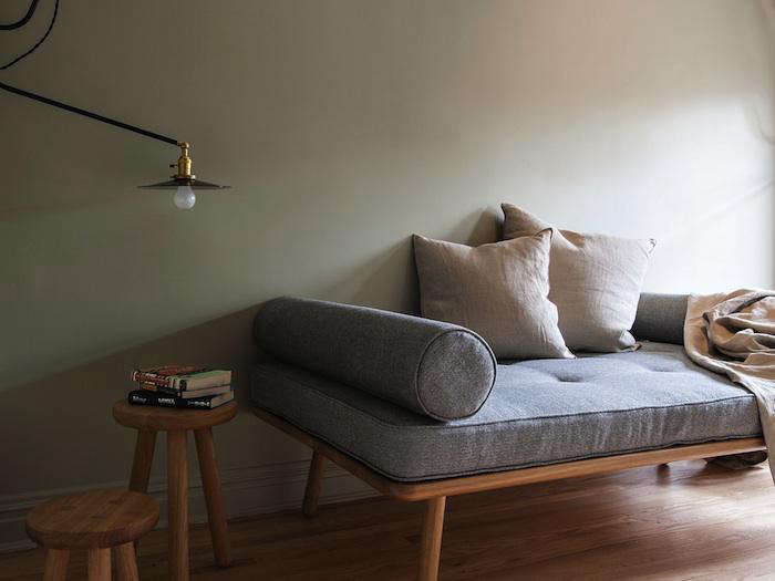 700 chaise lounge workstead