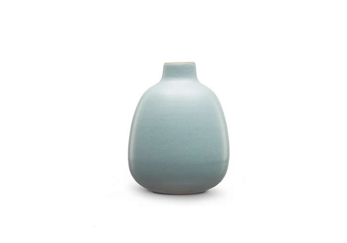 700 heath bud vase in blue