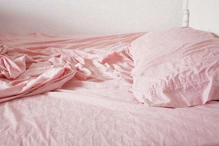 700 pink bed sheets pillows
