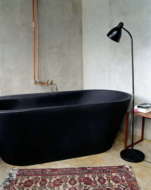 black tub black light