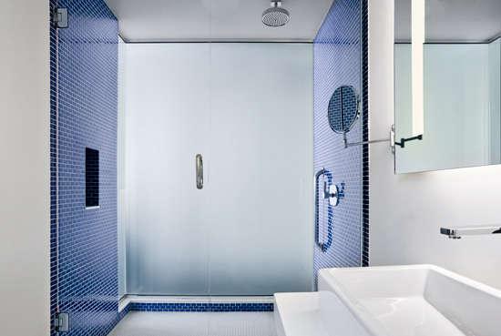 meridian chambers hotel bath 2