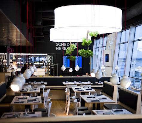 Restaurant Visit Fly Inn Restaurant in Helsinki portrait 3