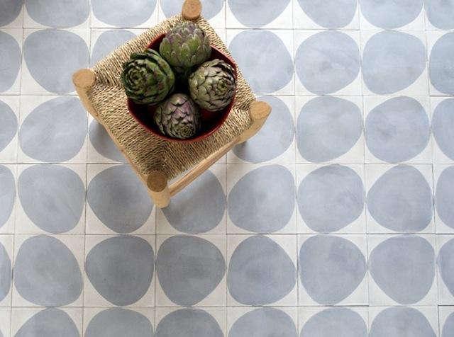 640 grey round dove tiles
