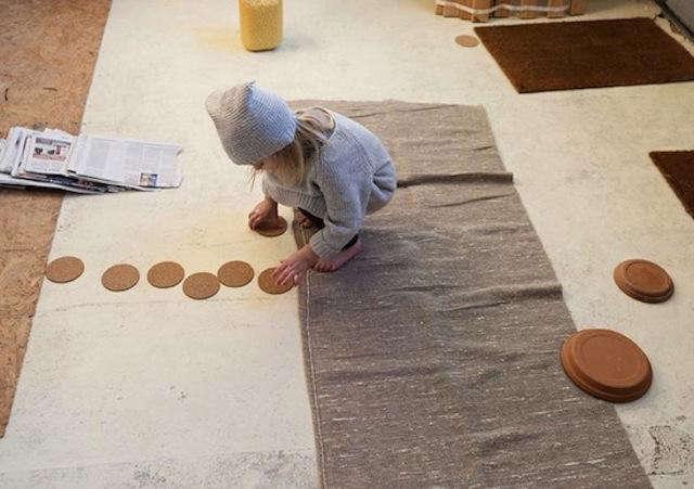 640 little girl kids case pottery