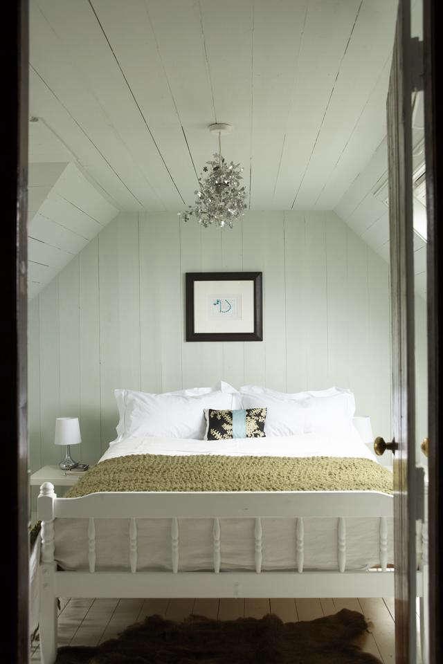640 papastour croft bedroom