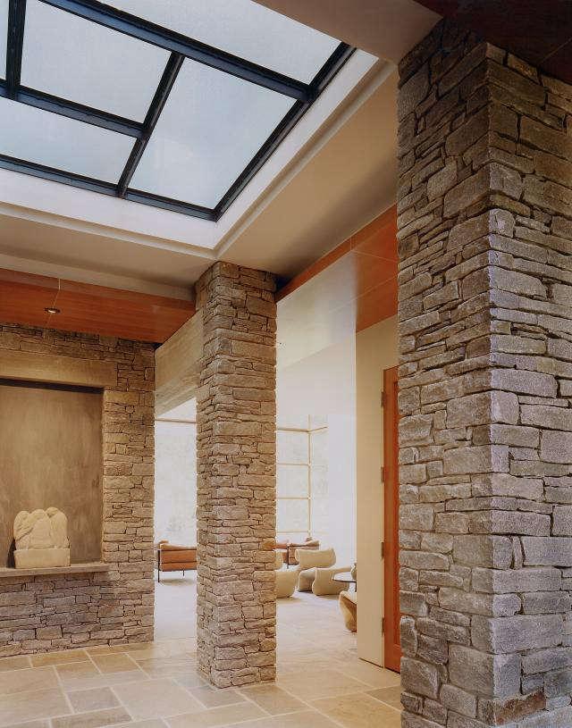 640 rm mclean house center niche