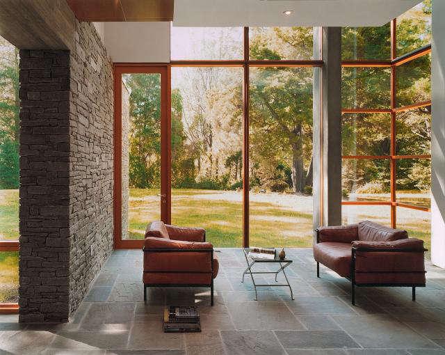 640 rm mclean house living room