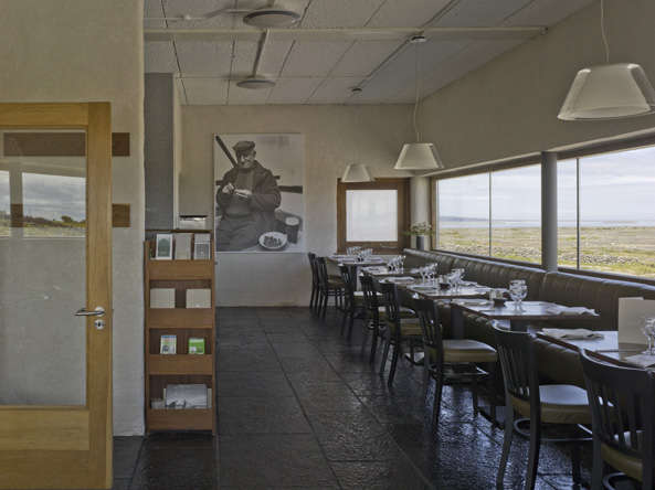 inis meain restaurant interior