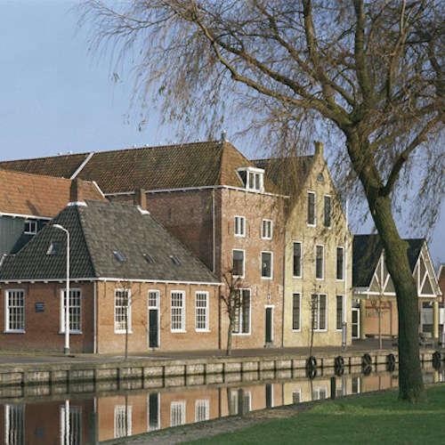 Royal Tichelaar Makkum in the Netherlands portrait 3