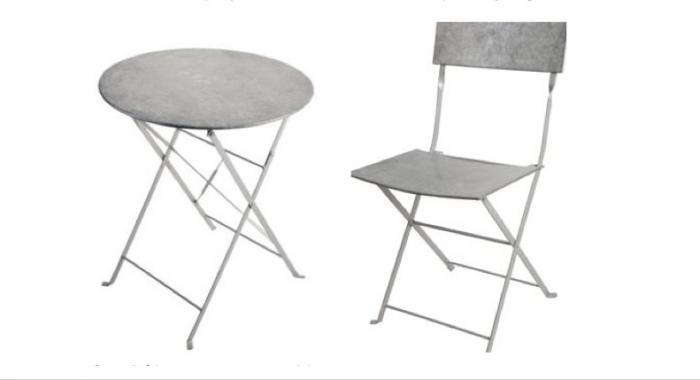 700 balcony gardener zinc bistro table and chairs for two