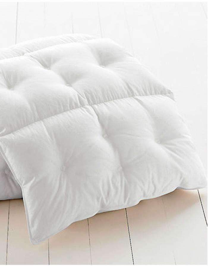 700 goose down comforter garnet hill